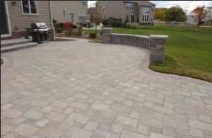 South Lyon MI Brick Paver Patio