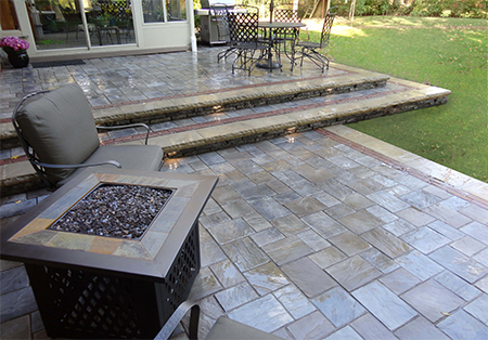 Patio Using Unilock Rivercrest Walls